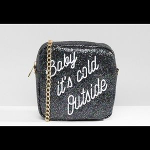 Baby it's cold outside! Glitter purse ❄️